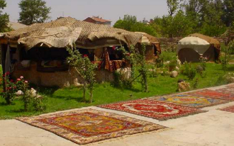 Artisan Crafted Wool Felt, Traditional Turkish Hali/Kilim